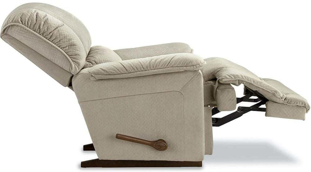 Admirable How To Pick The Right Sleeping Recliner Chair Tech Unlocker Pdpeps Interior Chair Design Pdpepsorg